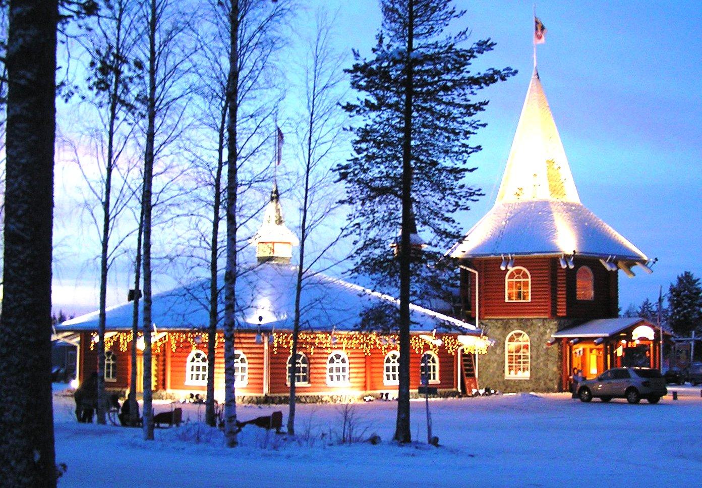 Babbo Natale In Casa.In Finlandia La Casa Di Babbo Natale
