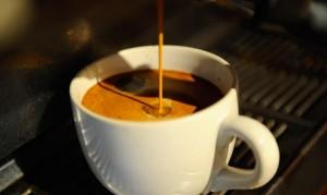 Napoli: un'Occasione per Bersi un Buon Caffè e Comprare la Statuina Mancante del Presepe