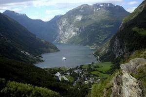 Crociera: La Terra dei Vichingi e i Fiordi Norvegesi