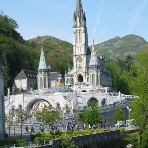Viaggio a Lourdes il Pellegrinaggio dei Miracoli