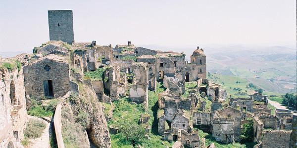 città-fantasma-italia