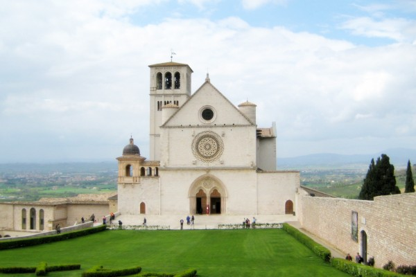 Assisi-borgo-medioevale-6