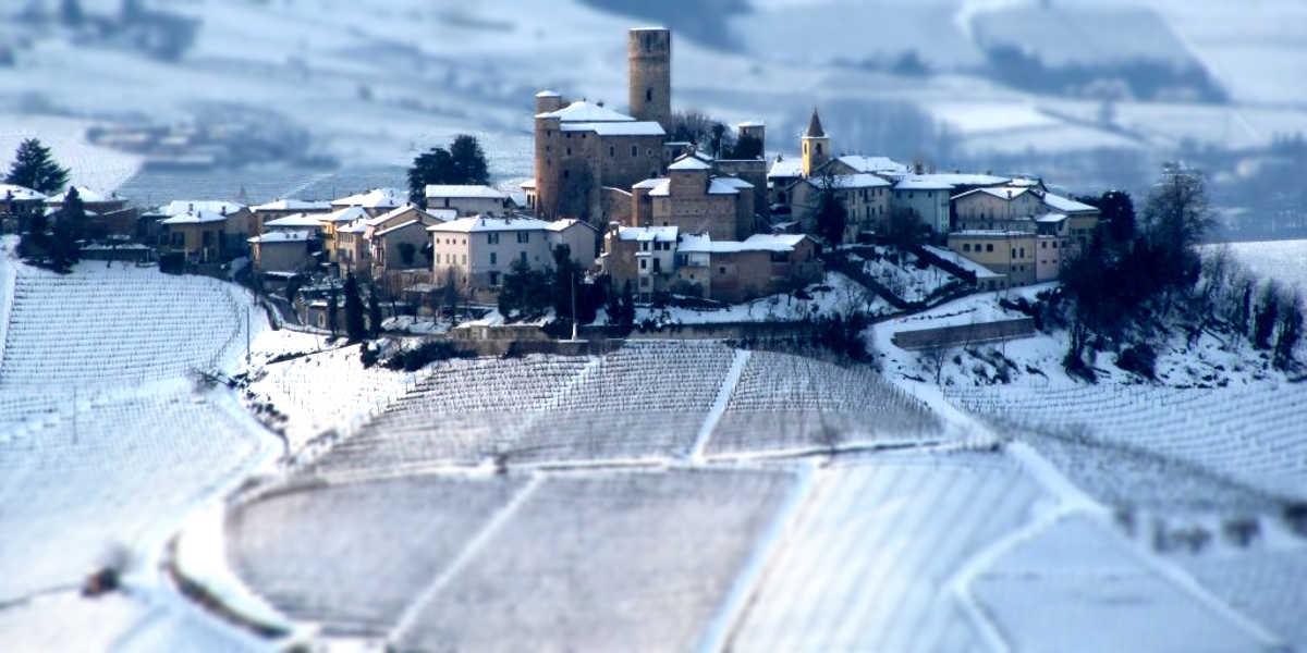 Serralunga D'Alba, un gioiello medievale nel cuore delle Langhe.