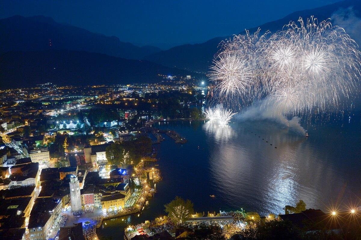 Dove festeggiare capodanno in italia o all estero for Capodanno in italia