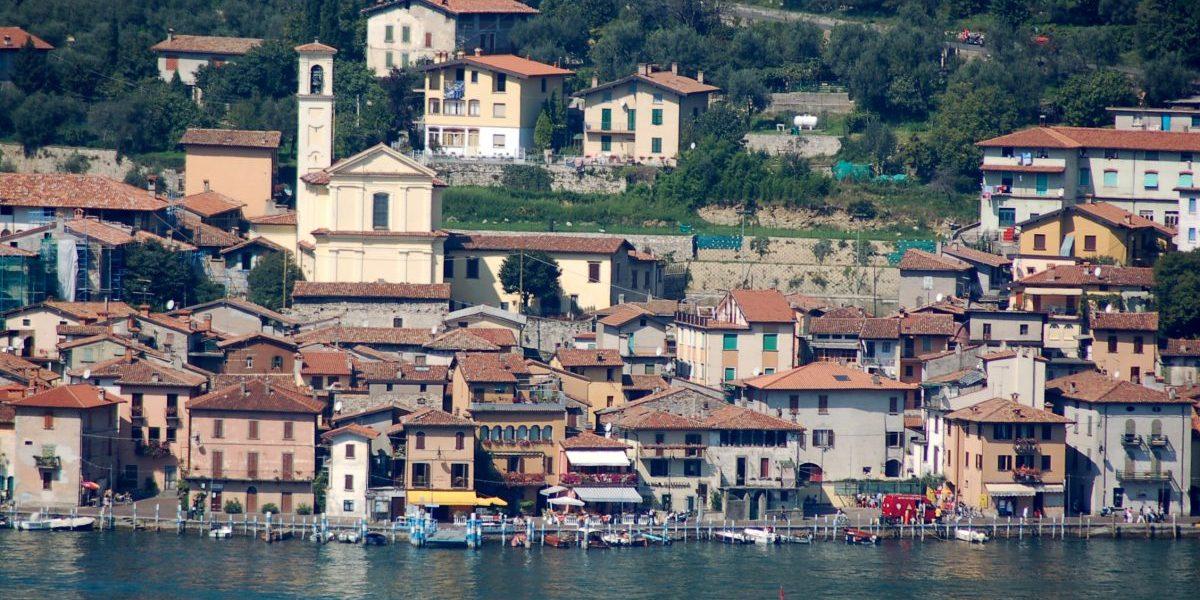 Borghi d'Italia,  Monte Isola in Lombardia tra i più belli
