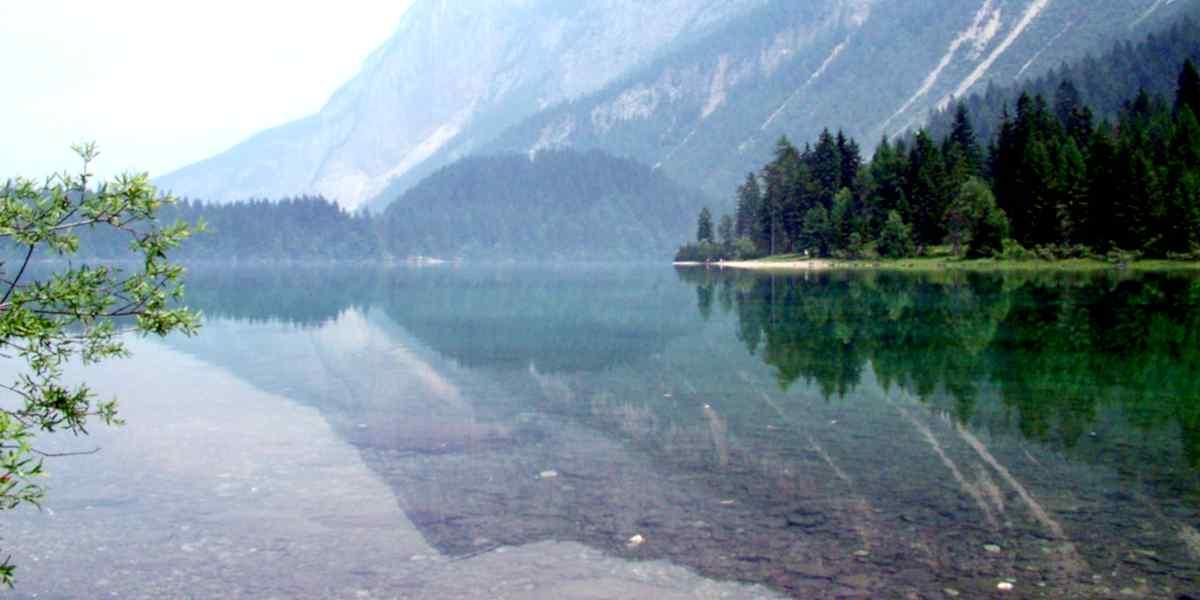 Vacanze di autunno in montagna, le Dolomiti del Brenta di Madonna di Campiglio