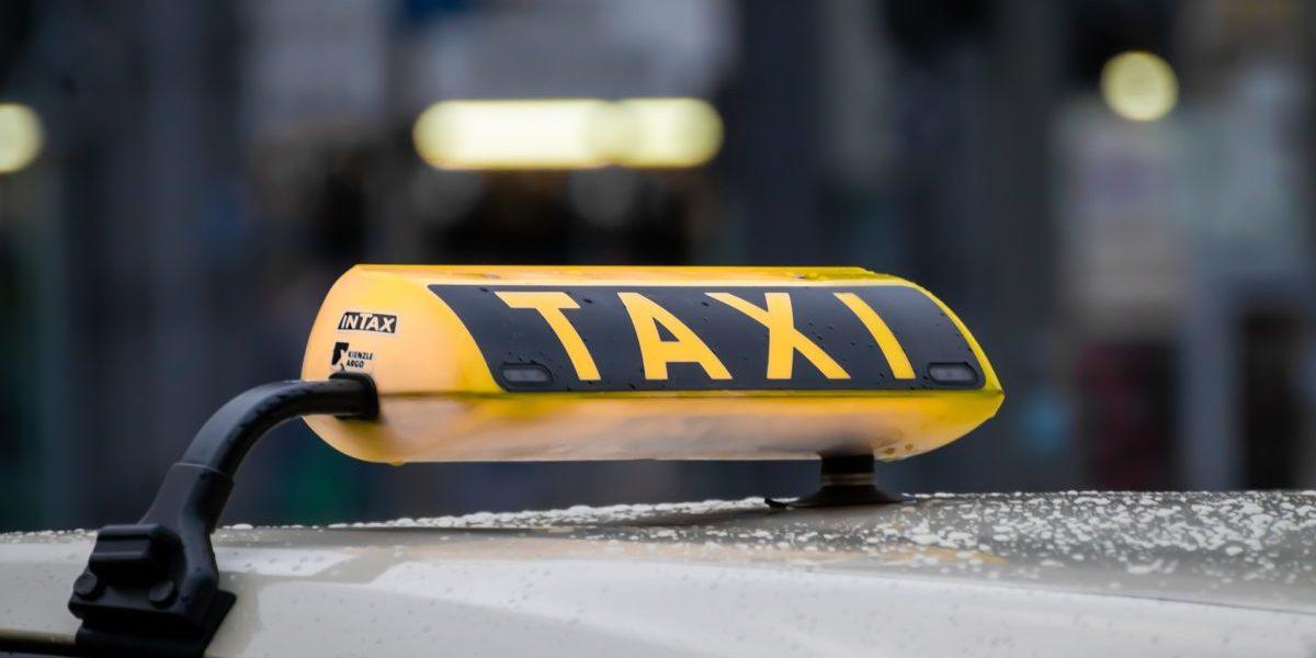 Prenotazione taxi da Catania aeroporto a Siracusa!