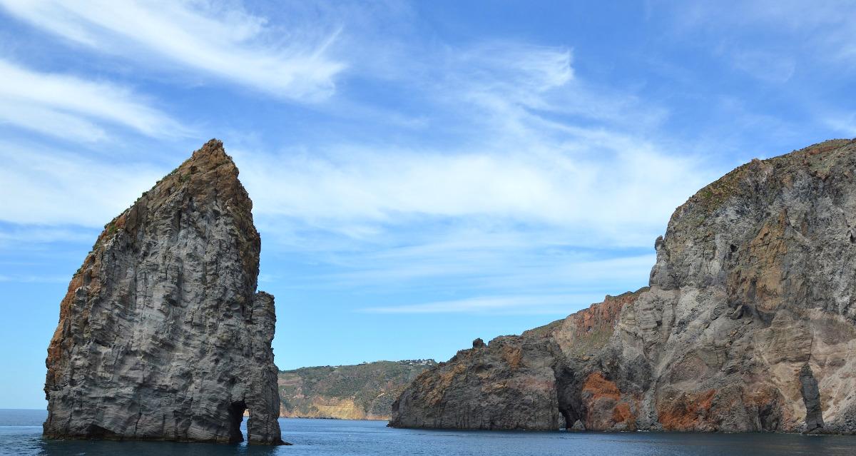 Raggiungere la Sicilia in traghetto
